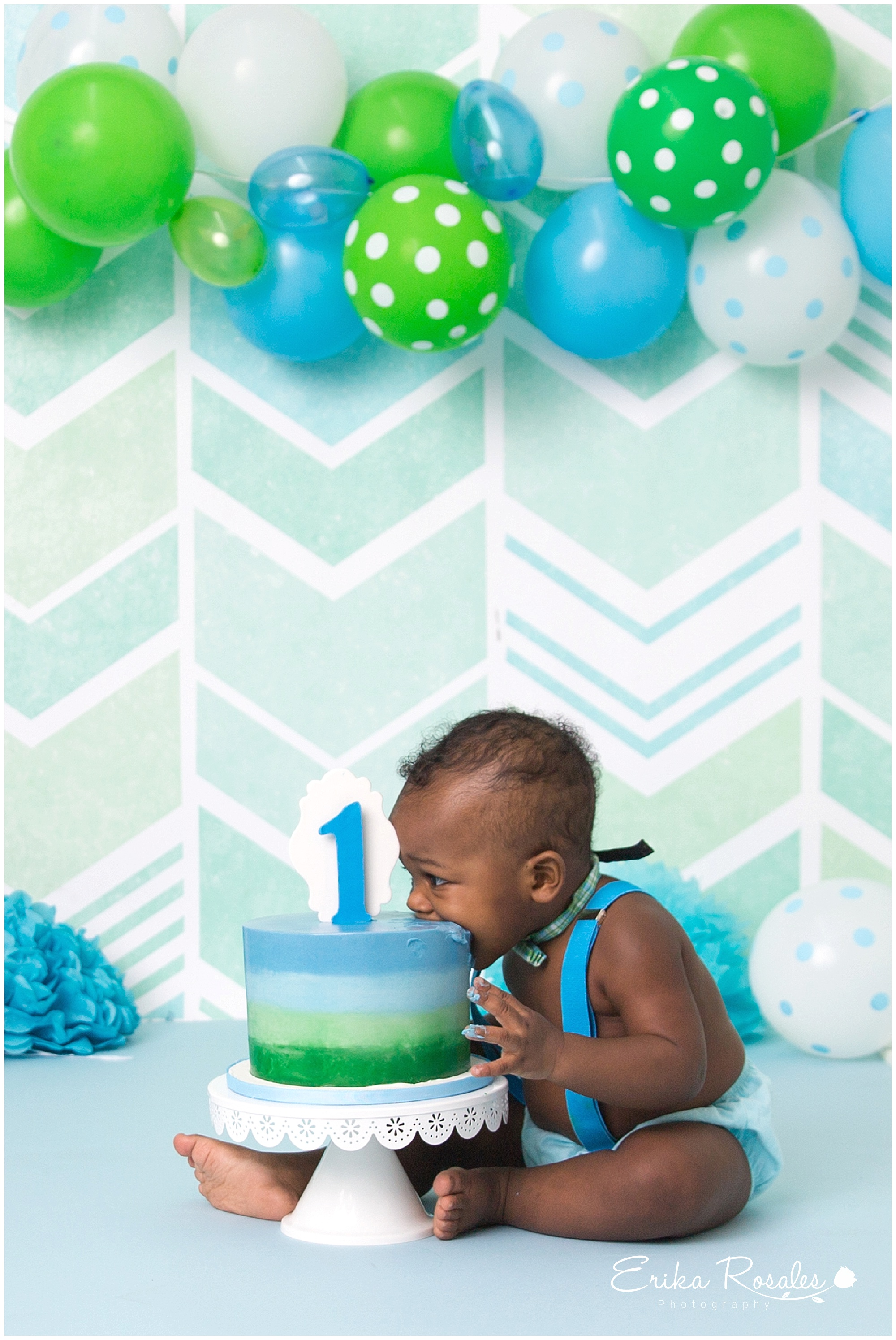 Cake Smash Green And Blue First Birthday Photo Session The Bronx Studio