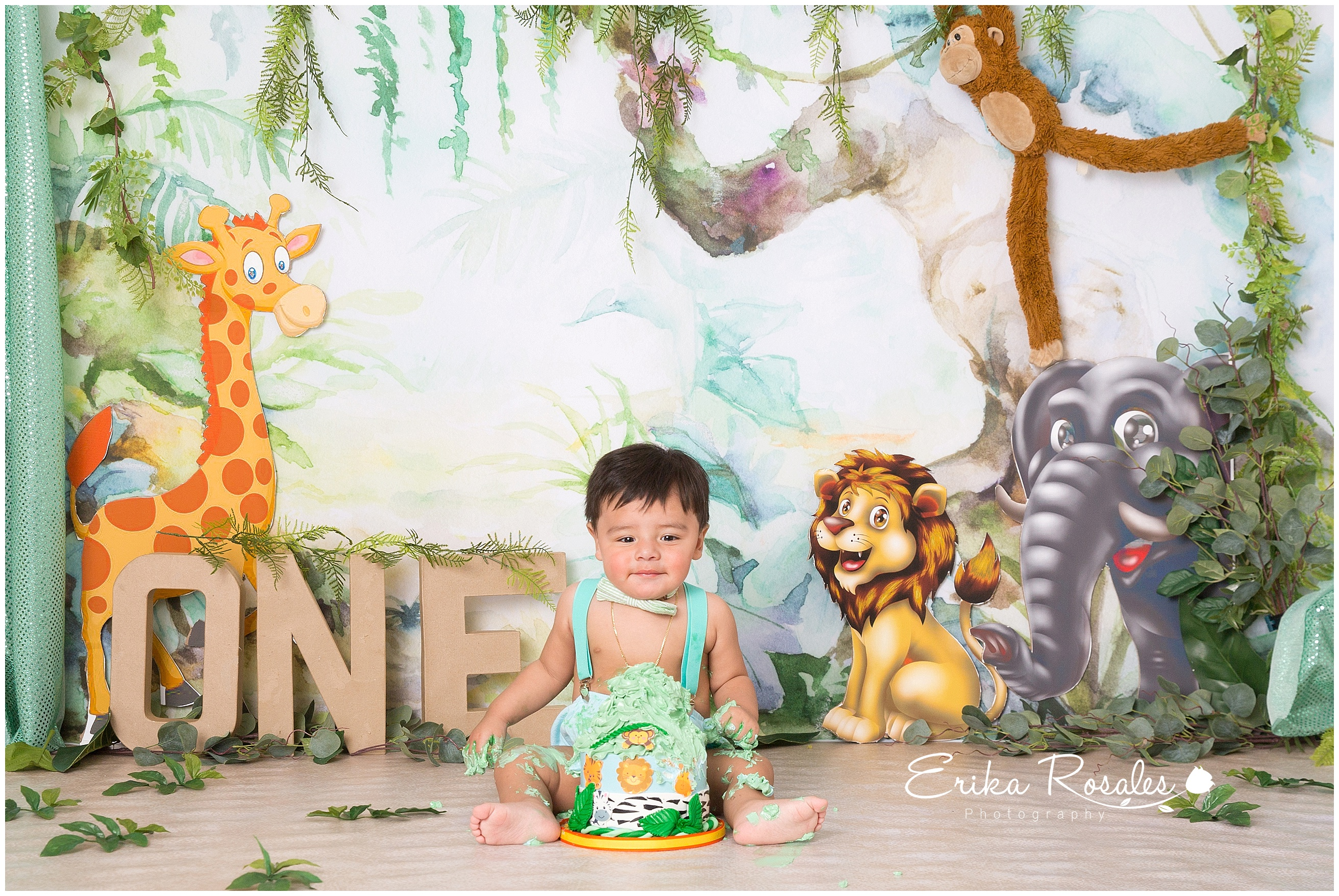This entry was posted in cake smash session and tagged baby photo baby photo session baby photographer the bronx studio baby photography baby photoshoot